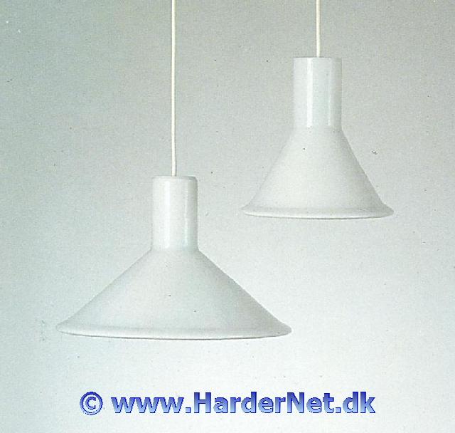 Højmoderne P OG T LAMPER - Michael Bang, Kastrup-Holmegaard Glasværker 1972 WY-44